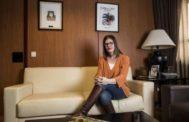 La alcaldesa de Móstoles Noelia Posse, en su despacho.