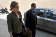 La tránsfuga de Pilar de la Horadada, Josefa Meroño, en una declaración judicial. EM