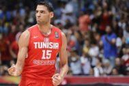 Mejri, durante un partido con Túnez del Mundial de China.