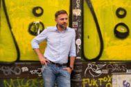 """Paolo Giordano: """"Todos tenemos la posibilidad, e incluso la tendencia, de hacernos radicales"""""""