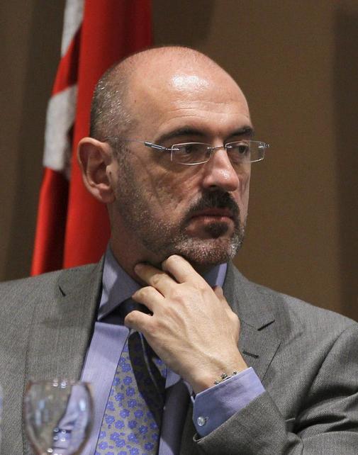 """El rector de la UCM admite fallos en el sistema que han permitido que se """"cuelen"""" tesis sin calidad: """"Se hizo una chapuza en muchos casos"""""""