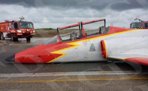 ¿Por qué se caen tanto los aviones de 'autoescuela' en los que aprenden los 'top gun' del Aire