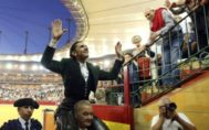 El rejoneador <HIT>Diego</HIT> <HIT>Ventura</HIT> sale a hombros el fin de semana pasado en la Feria del Pilar de Zaragoza