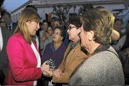La ex presidenta Susana Díaz, en una visita a Aznalcóllar en marzo de 2014.