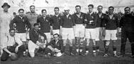 Varios integrantes de la selección española, con Belauste, primero por la izquierda, en los Juegos de Amberes de 1920.