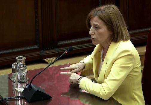 La ex presidenta del Parlamento catalán, Carme Forcadell, en su turno...