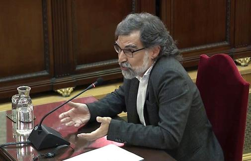 El presidente de Ómnium Cultural, Jordi Cuixart, en el uso de la...
