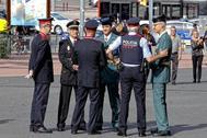 Representantes de los Mossos, la Guardia Urbana, Policía Nacional y Guardia Civil en la celebración del día de la Policía la pasada semana en Barcelona.