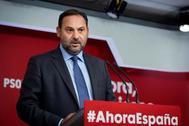 José Luis Ábalos, en una rueda de prensa celebrada en Ferraz este lunes.