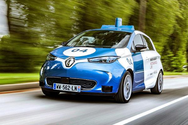 Uno de los Renault Zoe autónomos del experimento.