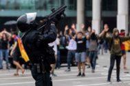 Alberto <HIT>Di</HIT> <HIT>Lolli</HIT>. 14/10/2019, Barcelona. Disturbios en el <HIT>aeropuerto</HIT> tras conocerse la sentencia del 'proces'