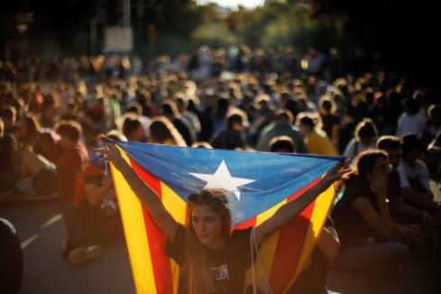 Cortes de carreteras y calles ante una nueva tarde de protestas en Cataluña