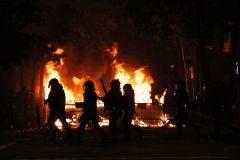 Barricadas y batalla campal en el centro de Barcelona