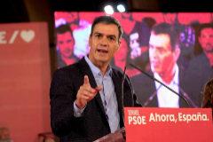 El presidente del Gobierno en funciones, Pedro Sánchez, en un mitin electoral en Teruel.