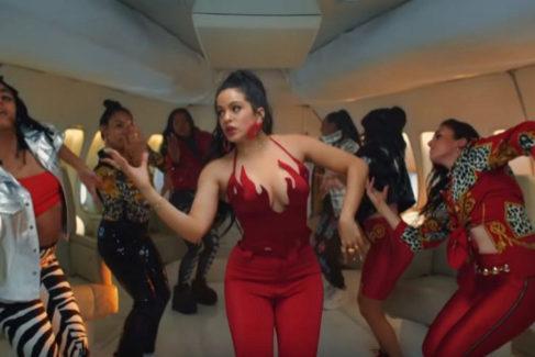 Rosalía en el videoclip de 'Con altura'