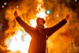 Alberto Di <HIT>Lolli</HIT>. 15/10/2019, Barcelona. Disturbios en los alrededores de la Delegacion del Gobierno, durante la segunda jornada de protesta por la sentencia del jucio del 'proces'