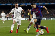 Luis Suárez intenta superar a Carvajal, el pasado 6 de febrero.