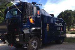 Interior traslada a Barcelona el camión lanza agua de la Policía, que aún no ha sido usado nunca