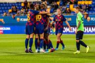 Las jugadoras del Barcelona celebran uno de los goles al Minsk.