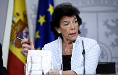 La portavoz del Gobierno en funciones, Isabel Celaá, en una rueda de prensa tras el Consejo de Ministros.
