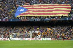 Una estelada en la grada del Camp Nou, durante el Barça-Madrid de 2013.