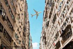 El bombardeo invisible: vecinos en pie de guerra contra el ruido de los aviones