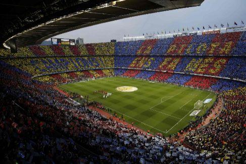 Barcelona y Real Madrid acuerdan jugar el 18 de diciembre