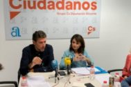 Javier Gutiérrez y Julia Parra, en el desayuno de trabajo.