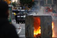 Por quinto día, las manifestaciones pacíficas derivaron en actos vandálicos llegada la tarde.
