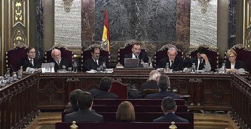 Los siete magistrados del Tribunal Supremo que firmaron la sentencia...