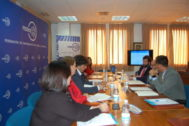 Un momento del encuentro entre los parlamentarios del PP y los representantes de Fedeme.