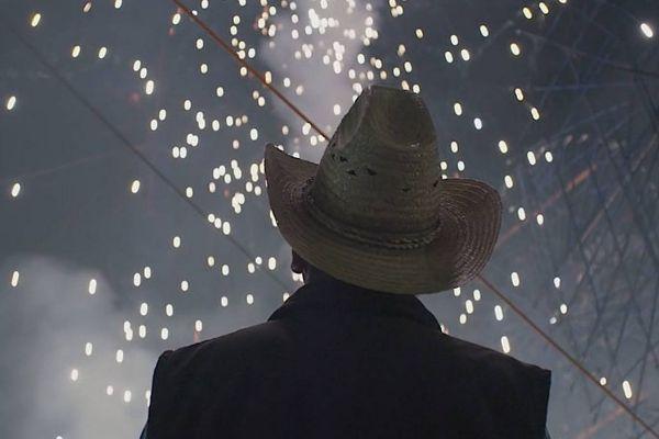 Fotograma de la película 'Poetas del cielo'.