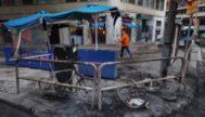 La terraza de Don Bocata, calcinada tras una noche de disturbios.