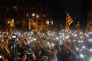 Javi <HIT>Martinez</HIT>. 20/10/2019. Barcelona. Los CDR convocan a dejar basura frente a la delegacion del gobierno de Barcelona para protestar por la sentencia a los condenados del proces por el Tribunal Supremo