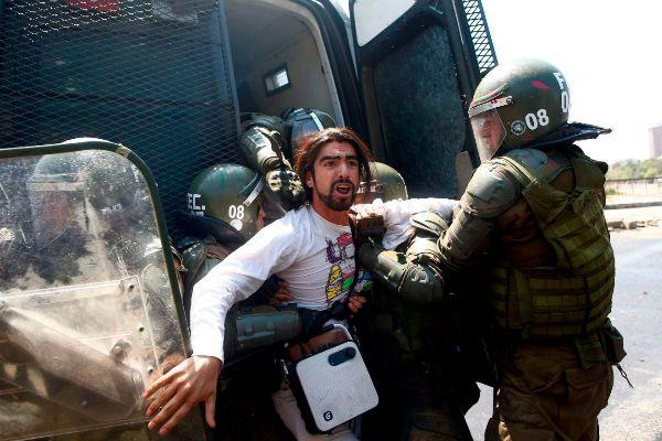 Las claves de la violencia en Chile, de la economía idílica a la sociedad vulnerable