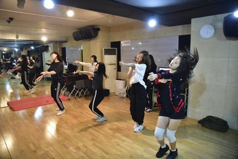 Así es la factoría del K-pop: los secretos para ser una estrella de la música coreana