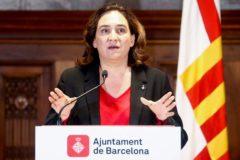 GRAF3885. BARCELONA.- La alcaldesa de Barcelona, <HIT>Ada</HIT> <HIT>Colau</HIT>, durante su comparecencia este domingo en el Ayuntamiento de Barcelona para analizar la actualidad en Cataluña.