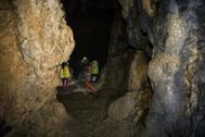 Equipo de rescate de las tres mujeres atrapadas en la cueva Cueto - Coventosa en Cantabria el pasado julio.