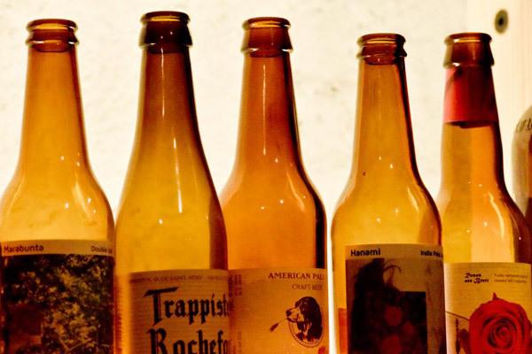 Botellas de cerveza.