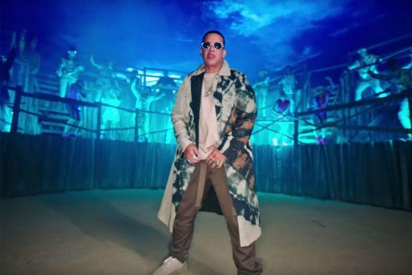 Daddy Yankee en el vídeo de Que Tire Pa' 'Lante, su nuevo single