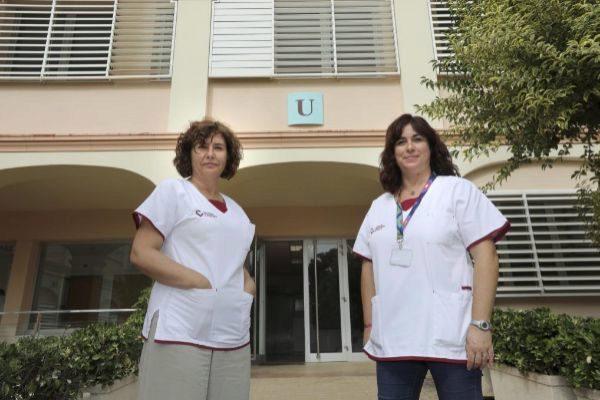 La psiquiatra María Martín, coordinadora de la UCA, y la supervisora de Enfermería Maite Delgado.
