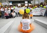 Manifestación de pacientes en Madrid en septiembre pidiendo la aprobación de estos dos fármacos.