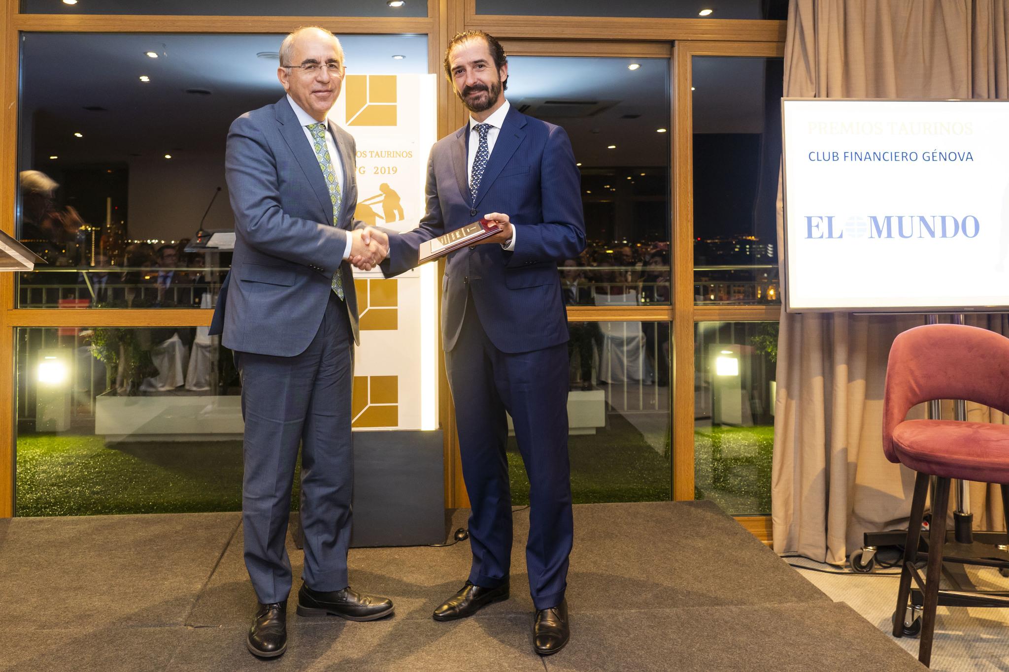 Angel Navarrete 21/10/2019 Madrid, Comunidad de Madrid Francisco <HIT>Rosell</HIT>, director de El <HIT>Mundo</HIT>, recibe el Premio Taurino del Club Financiero Genova