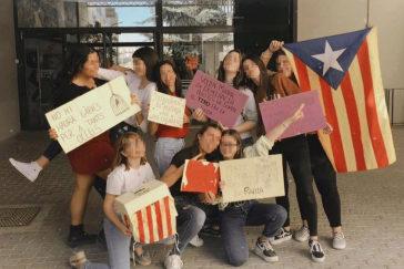 Alumnas de 3º de ESO del instituto Sol de Riu de Alcanar (Tarragona).