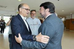 El rector de la Universidad de Alicante y el alcalde, Luis Barcala, en una imagen de archivo. EL MUNDO