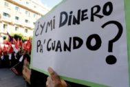 Manifestación ante la Generalitat de trabajadoras de limpieza.