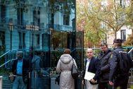 El abogado Gonzalo Boye entre en la Audiencia Nacional para declarar como imputado en un caso de narcotráfico, este miércoles, en Madrid.