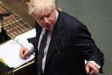 El primer ministro, Boris Johnson, interviene en el Parlamento.