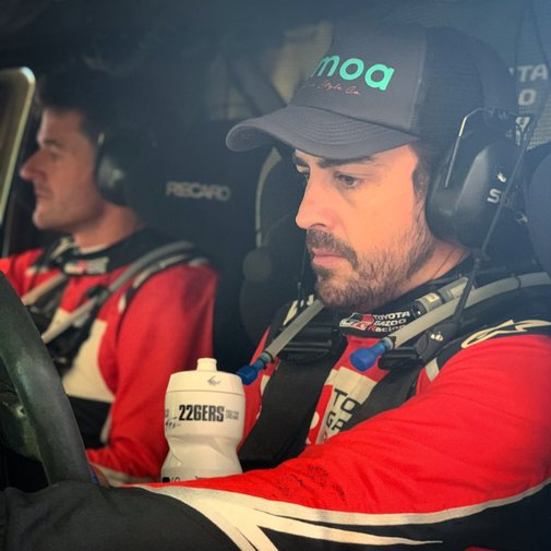 Official Fernando Alonso Will Play The Dakar 2020 With