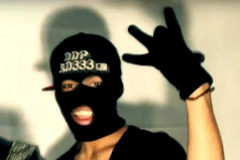 Un miembro de la banda latina de los Dominican Don't Play..